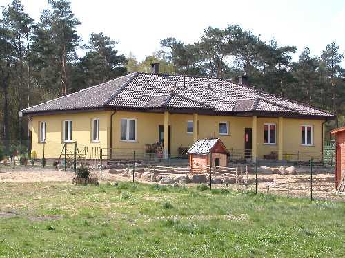 Domy parterowe - ekonomiczne i komfortowe rozwiązanie dla rodzin -